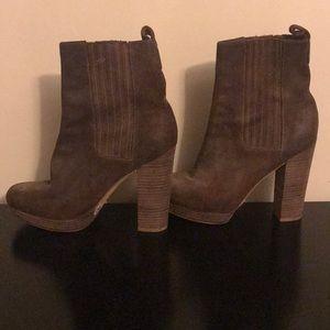 Michael Kora ankle boots